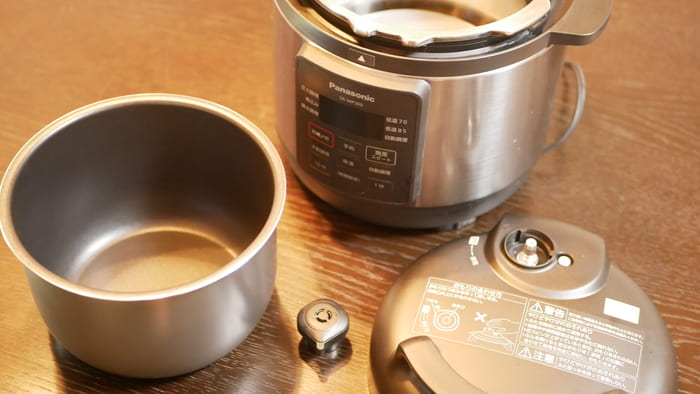 パナソニック電気圧力鍋「SR-MP300」の部品は比較的少なくメンテナンスしやすい