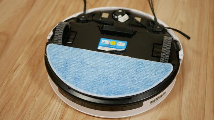 ILIFE「V5sPro」は専用モップを付けて水拭き掃除が可能