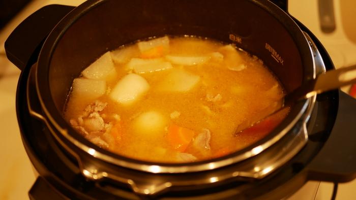 圧力調理で作った豚汁