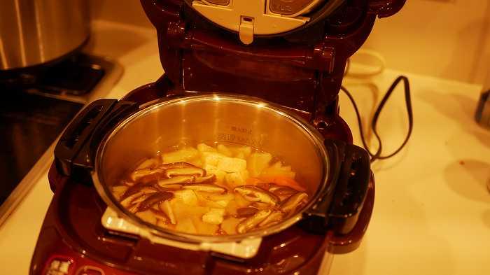 象印の電気圧力鍋で作ったけんちん汁