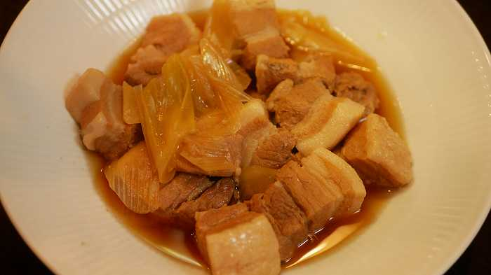 煮込み自慢の可変圧力で調理した豚の角煮