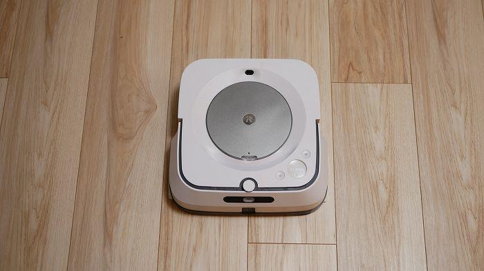 ブラーバジェットm6は未来感のあるロボット掃除機です
