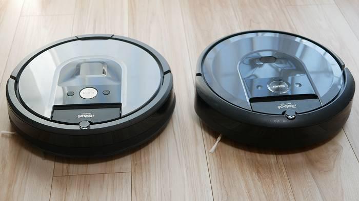 ルンバ960(左)とルンバi7+(右)