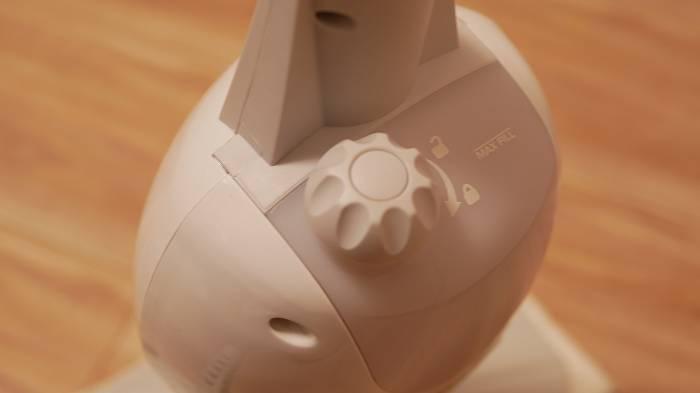 steamGo本体のキャップを外して注水する