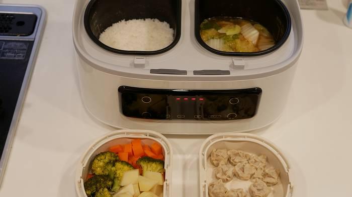 ツインシェフを使えば最大4品が同時に調理可能!