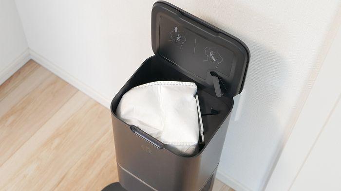 クリーンベースには密封型紙パックが備え付けられていて、ここにゴミを集める